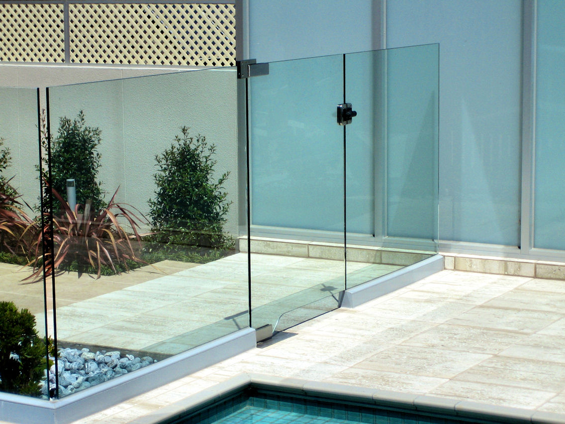 Glass pool fencing gates frameless glass contractors in melbourne frameless glass with aluminium channel baanklon Images