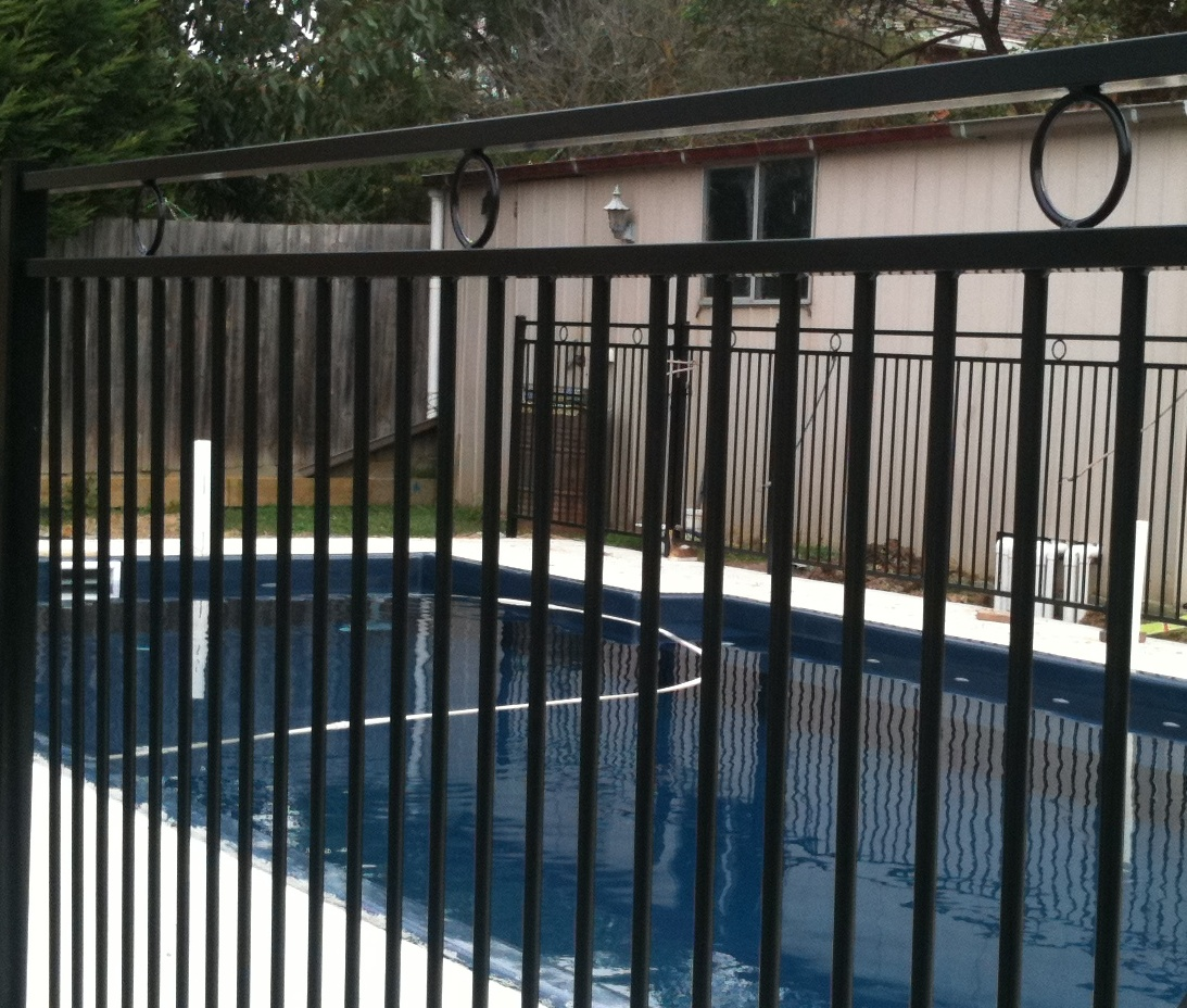 Pool fencing melbourne glass pool fences melbourne pool fencing ring top aluminium pool fencing baanklon Images